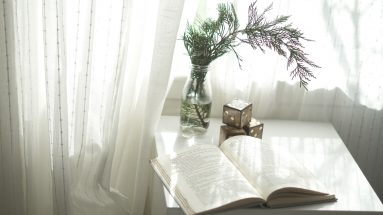 The Ultimate Clutter-Clearing Book List